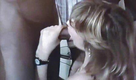 Nympho left alone with best porn websites dildo love