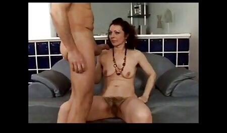 A large porn tube tourist banging a prostitute Africa with a condom